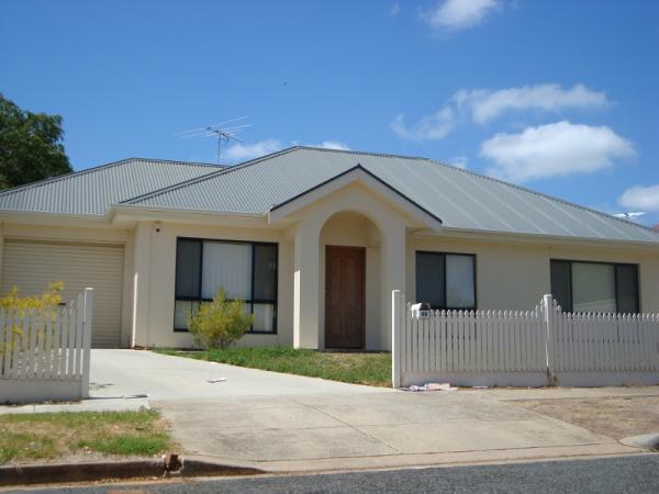 Modern Home, Highly Sought After Suburb